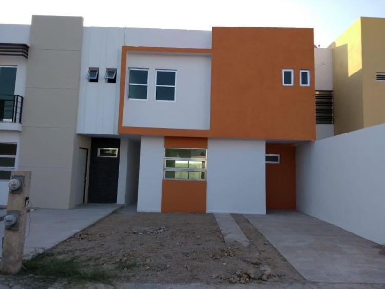 Casa en venta en carlos v, 3 recámaras, área de la