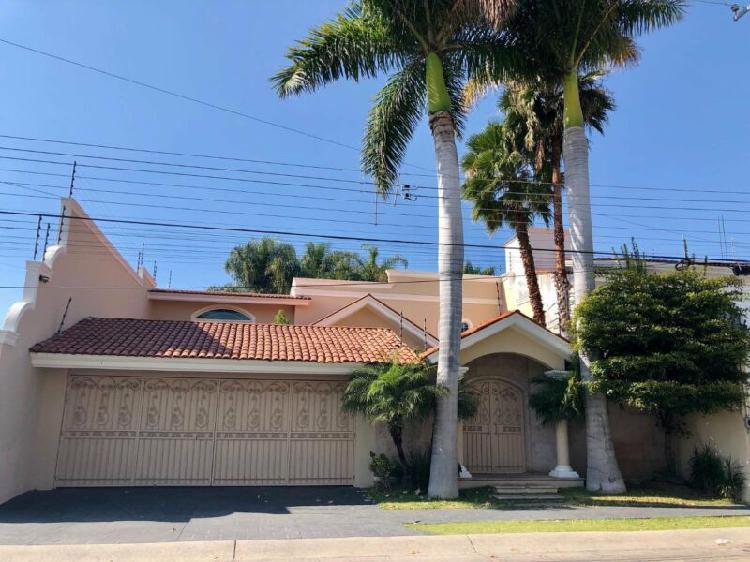 Casa estilo californiano
