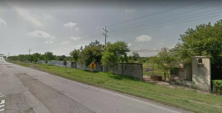 Venta o renta 3 hectáreas frente a carretera ! plano,