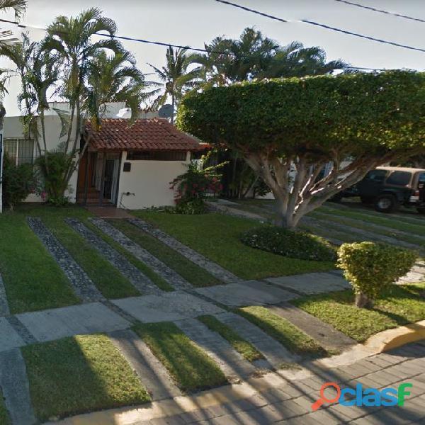 Rento casa bien ubicada cerca de soriana en manzanillo