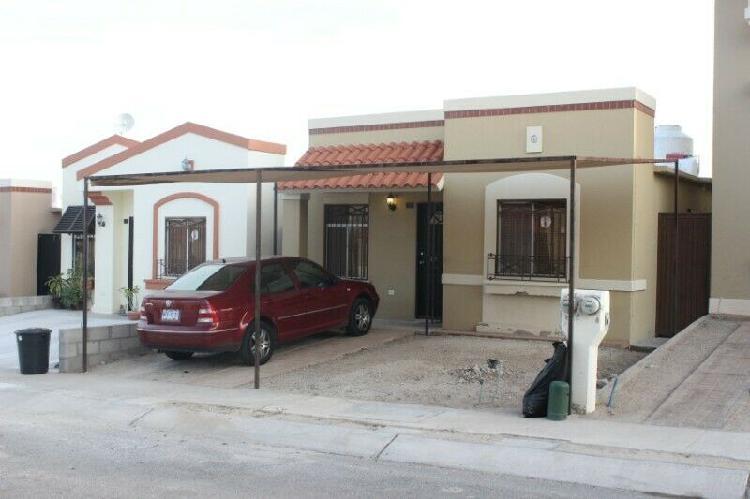 Casa en renta totalmente amueblada al oriente a 10 minutos