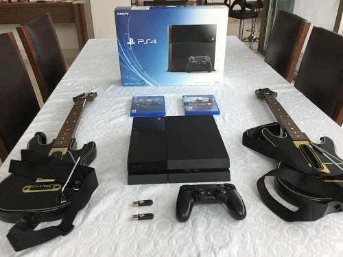 Ps4 con juegos y guitarras