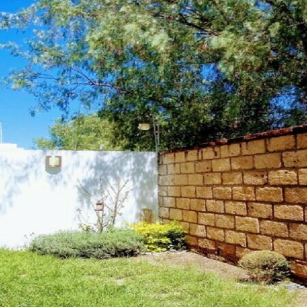 Se renta hermosa casa en el sur de ags para la temporada de