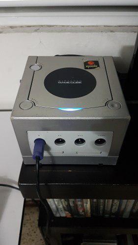 Game cube con chip qoob sx. para juegos pal...