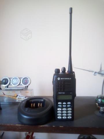 Radio motorola pro7150 uhf 16ch 403-470mhz 4w lah25rdh9aa6an