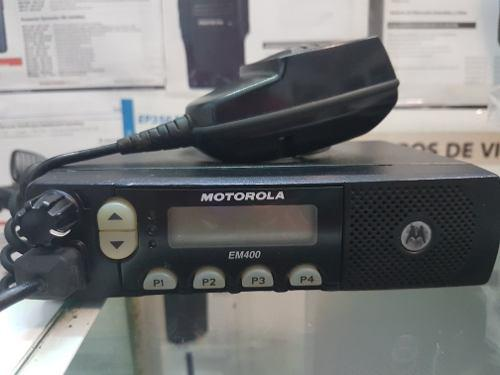 Radio movil motorola em400 uhf