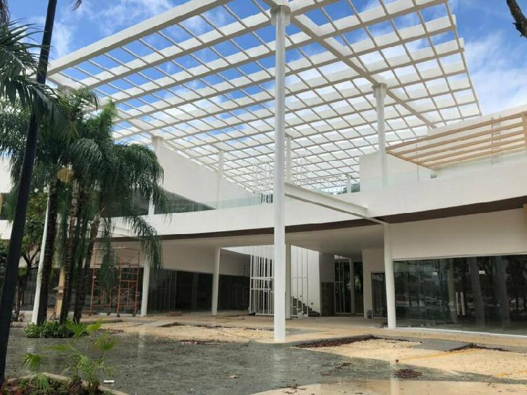 Renta de oficinas y locales 272 m2 cancún centro av.colosio