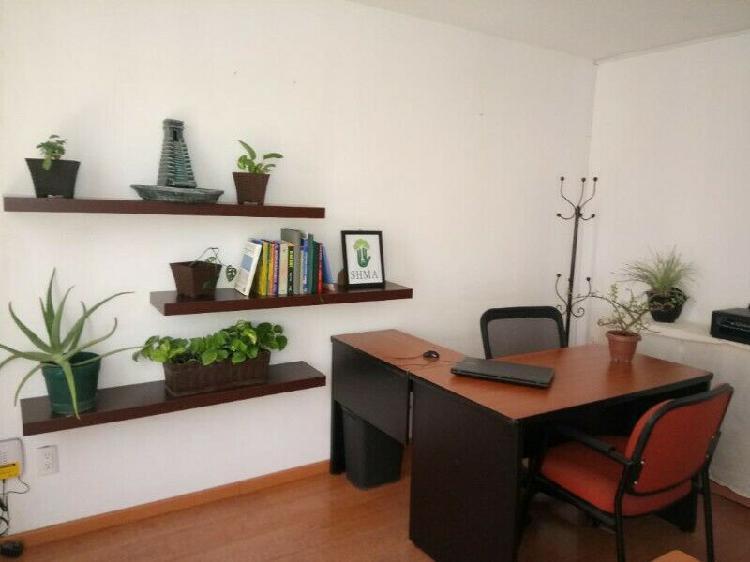 Oficina ejecutiva amueblada