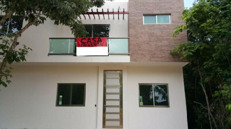 Casas en venta en arbolada cancun / houses for sale in