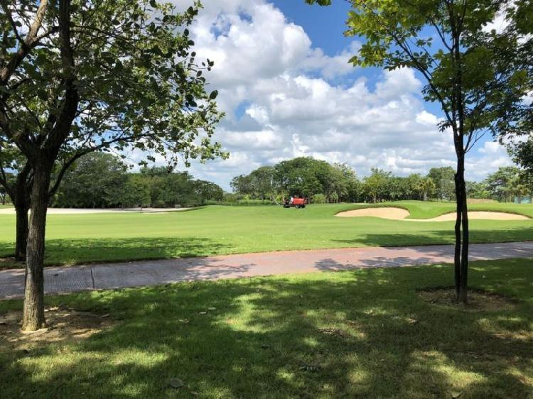 LOTE FRENTE A CAMPO DE GOLF PRIVADA KANHA COUNTRY CLUB