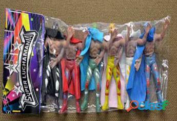 Urge personal para empacar muñecos, en su hogar