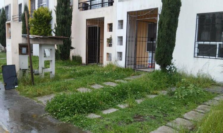 Casa renta bosques de cantabria zona industria toluca 2000