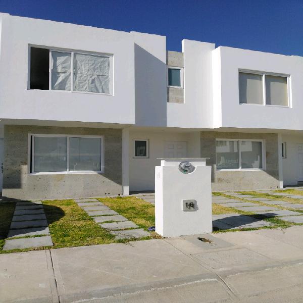 Casa nueva en renta. tres cantos residencial