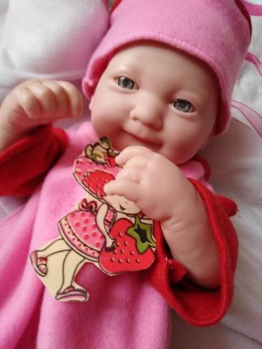 Bebe reborn vinilo imitacion