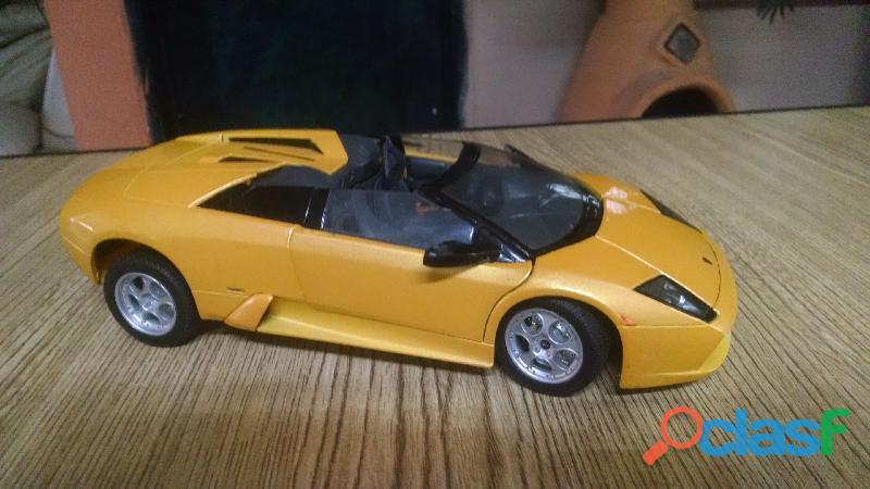 1/18 modelo a escala diecast lamborghini murcielago roadster amarillo 31636 maisto