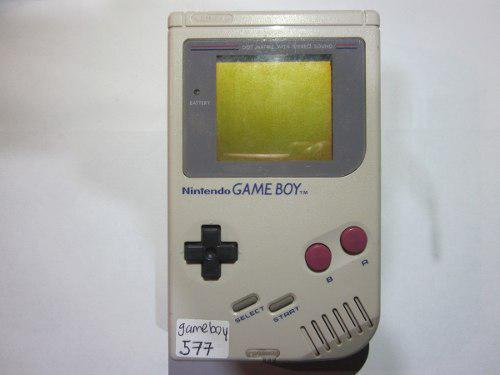 Gameboy clasico funcionando con tapa de baterias