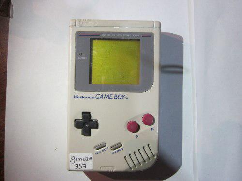 Gameboy clasico funcionando sin tapa de baterias
