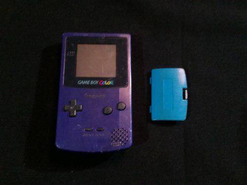 Gameboy color morado con tapa