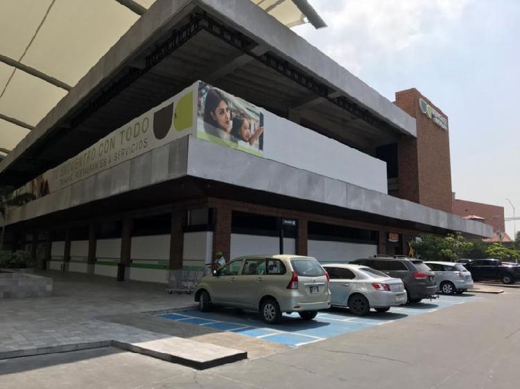 Locales en renta, plaza urban center, tlajomulco de zuñiga