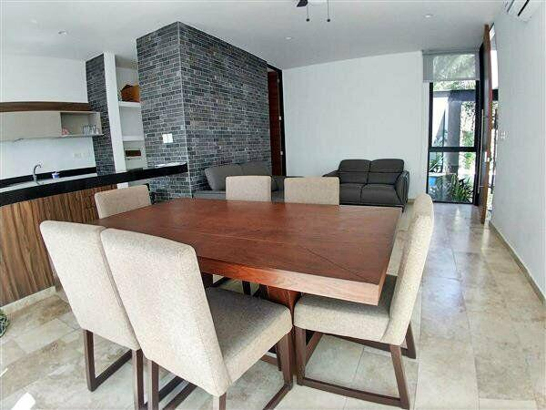 Townhouse de lujo en privada por city center