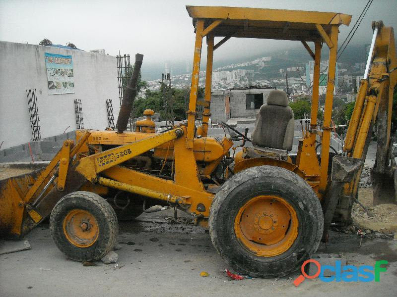 Se renta retro excavadora