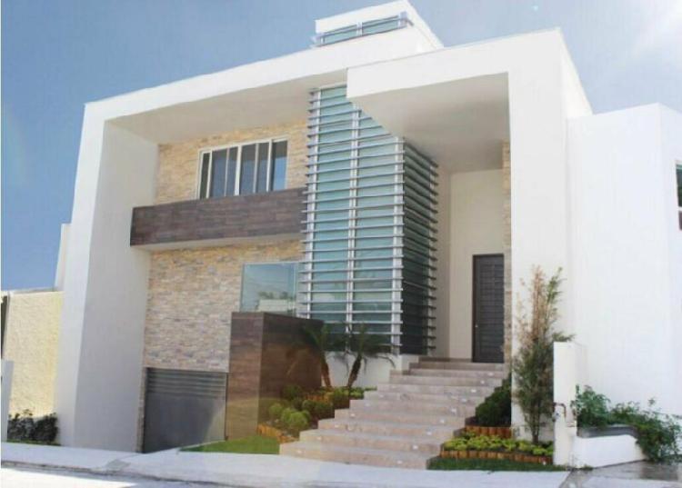 Casa en venta col del valle en colonia privada spgg nuevo