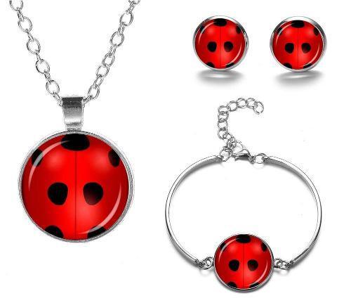 el más nuevo 4f8bd e406c Collar Pulsera Y Aretes Ladybug Miraculous El Mejor Regalo