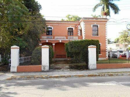 Casa en venta en merida, avenida colon ¡en esquina!