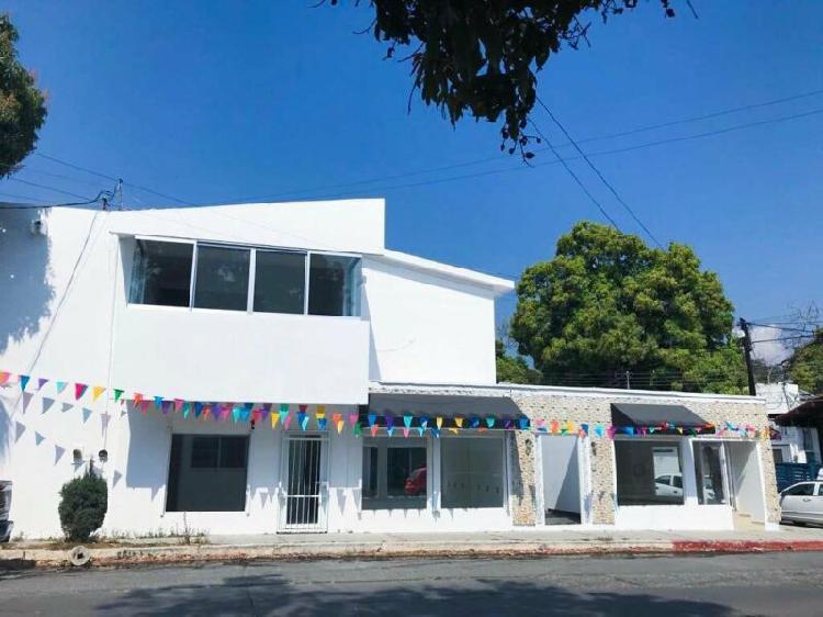 Renta casa residencial remodelada 4 recamaras col. moctezuma