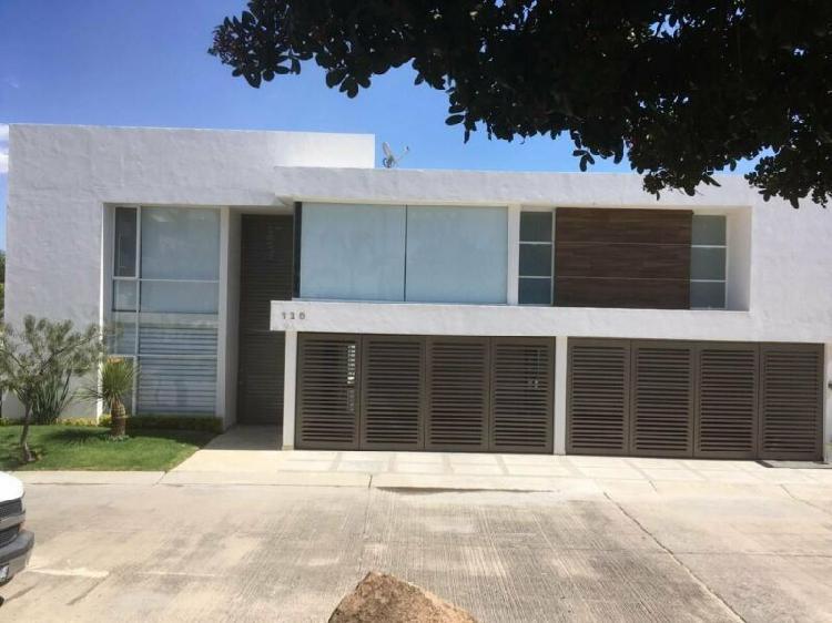 Lujosa casa en renta en cañada del refugio, león, gto /