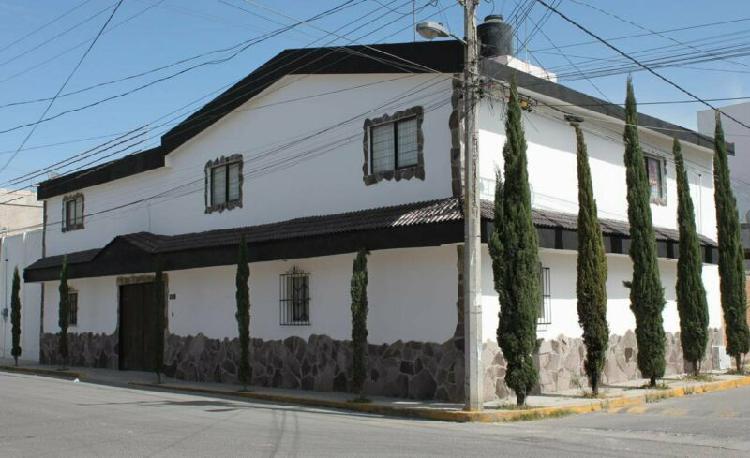 Casa sola renta - zona: camino real - zavaleta - recta -