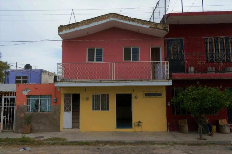 Dos casas en una a valor predial cerca de san pedrito y la