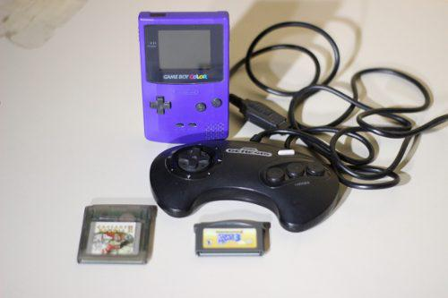 Lote de articulos retro y un game boy color