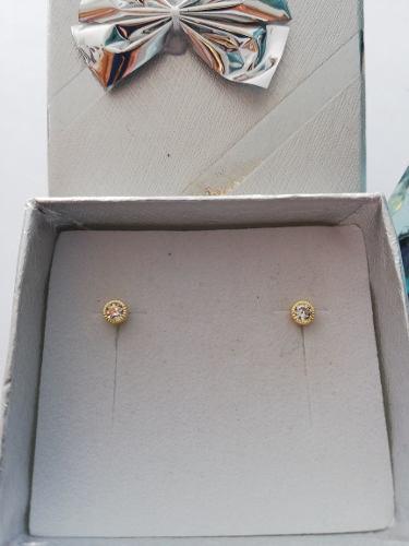1378b1bab533 Broquel oro 10k para bebe diamantado con zirconia