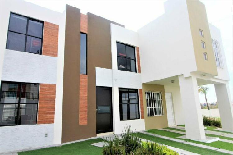 Casa nueva en renta 2 pisos 2 recamaras en paseo queretaro