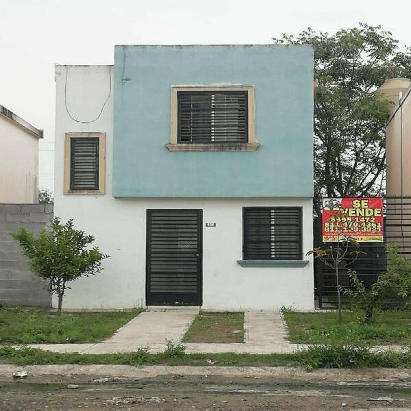 Se vende casa en los cometas