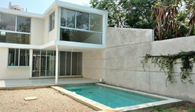 Casa de 3 recamaras con piscina en montes de ame