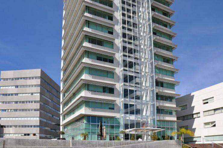 En renta bonito y nuevo consultorio medico en torre medica