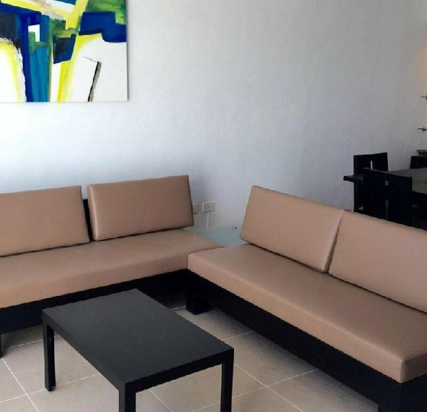 Villa minimalista de dos pisos en san ramón norte