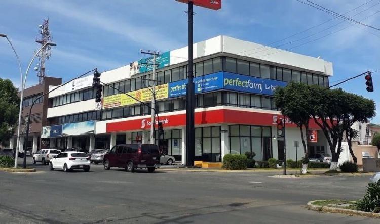Renta oficinas en metepec, zona financiera y comercial /