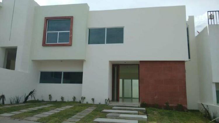 Casa en venta residencial porta toscana al norte de la