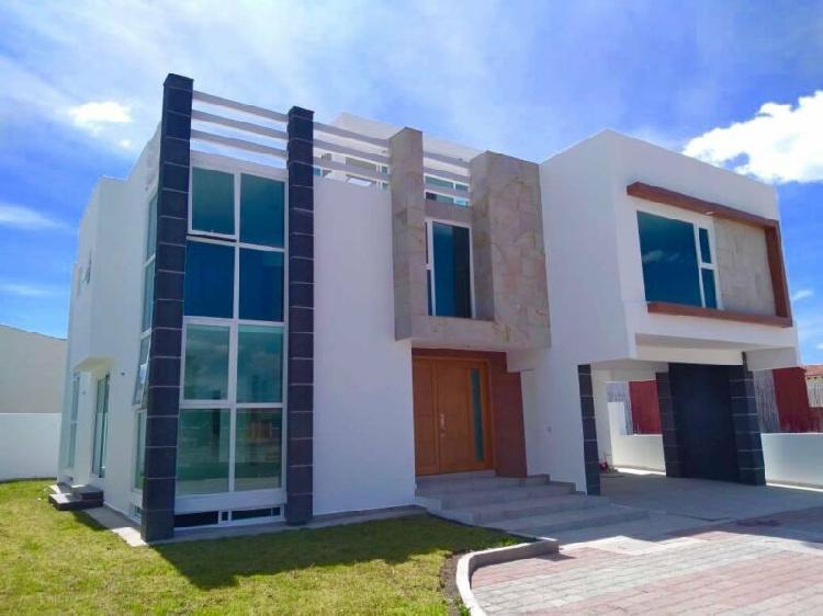 Hermosa casa en venta en residencial jardines bellavista
