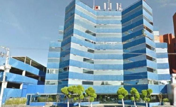 Renta oficina en torre azul constituyentes /