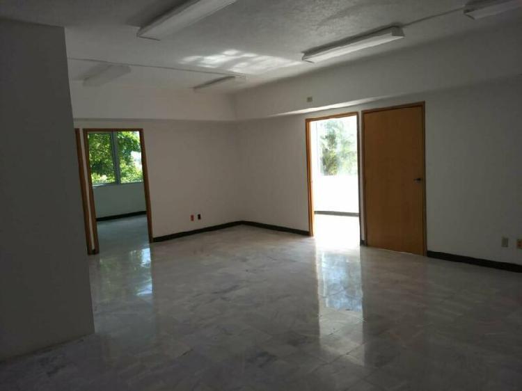 Rento oficinas local comercial cancun, cerca entrada zona
