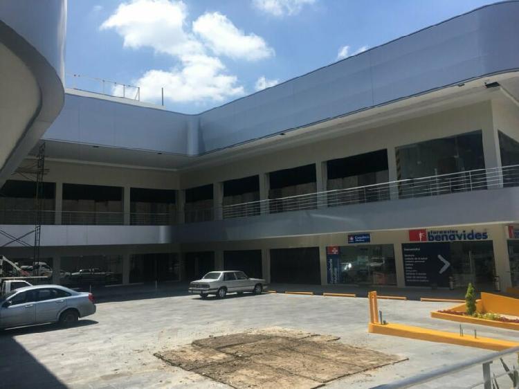 Renta locales comerciales en plaza rotherdam perinorte