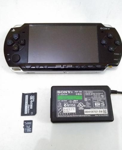 Consola psp slim 2010 memoria 8gb con juegos.