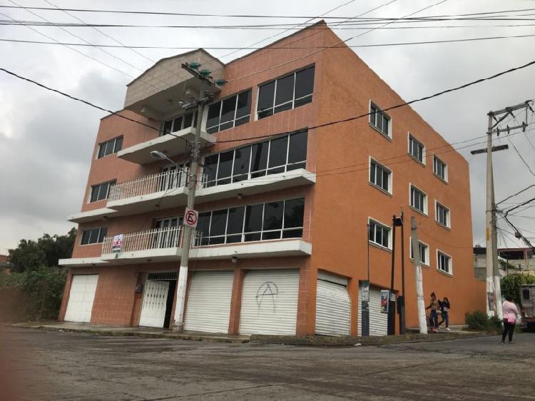 Edificio, estupendo para escuela. se renta completo o por