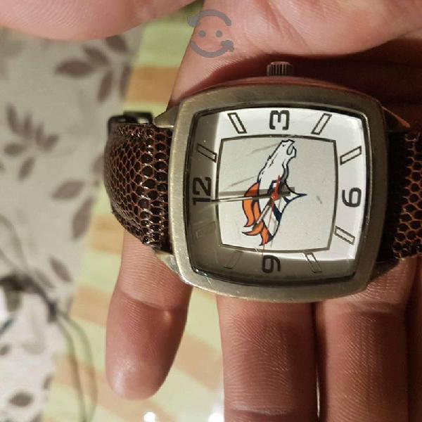 Reloj game time de broncos de Denver de la NFL