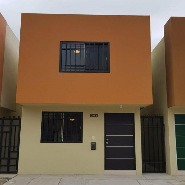 Casa Amueblada en Renta en Privada de Mitras Bicentenario