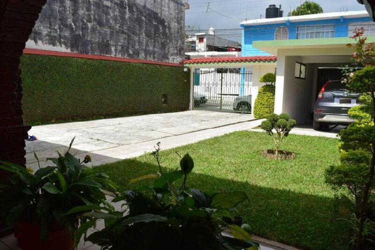 En venta hermosa casa todo en una sola planta